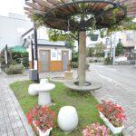 岩手県久慈市街にある昔ながらの手押しポンプ